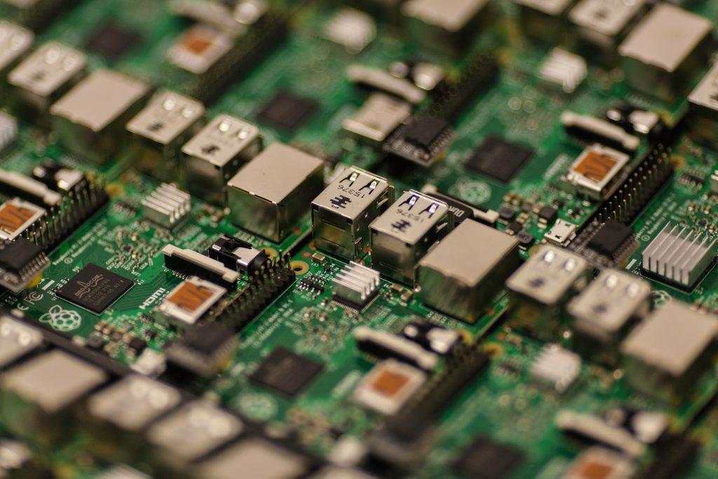 capacitors-chip-circuit-board-57007