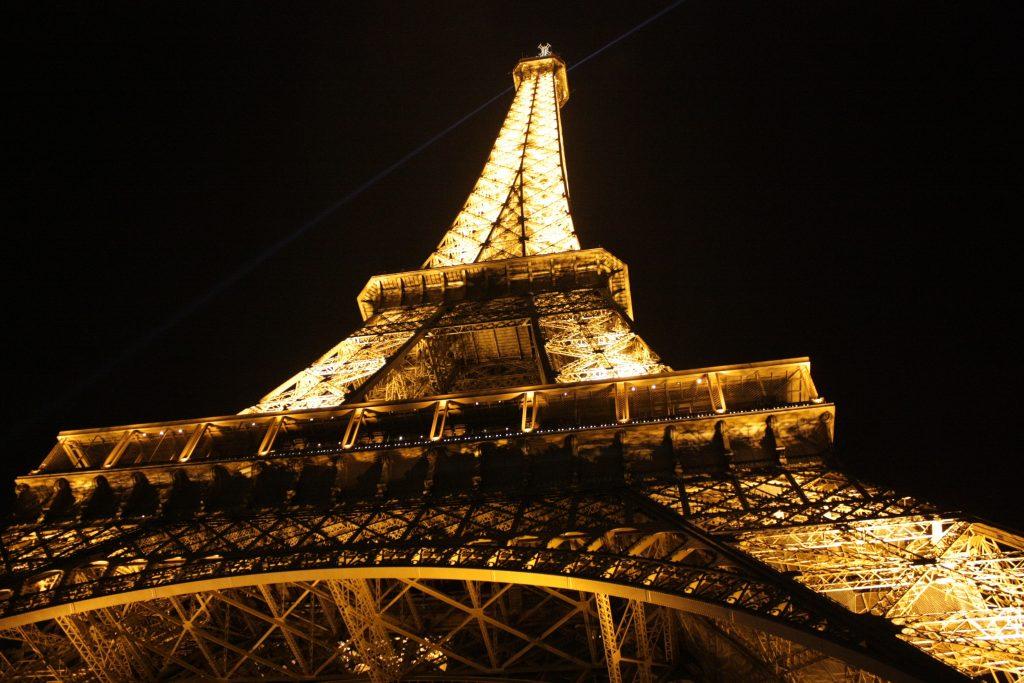 eiffel-tower-france-landmark-46919